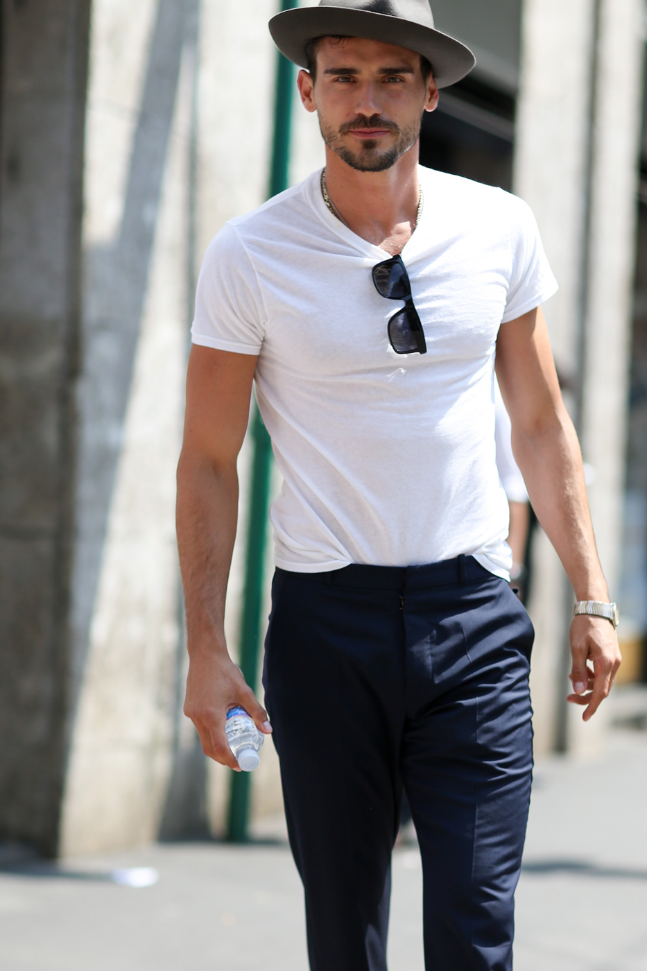http://theimpression.com/wp-content/uploads/2014/06/mens-fashion-street-style-milan-day-1the-impression-spring-2015-010.jpg