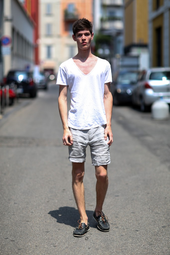 mens-fashion-street-style-milan-day-1the-impression-spring-2015-040