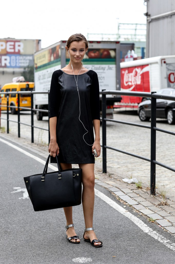 new-street-style-nyfw-sept-2014-day-2-the-impression-020