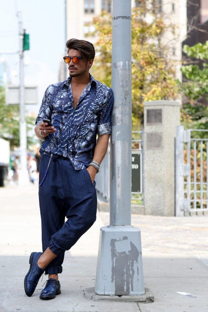new-street-style-nyfw-sept-2014-day-2-the-impression-045