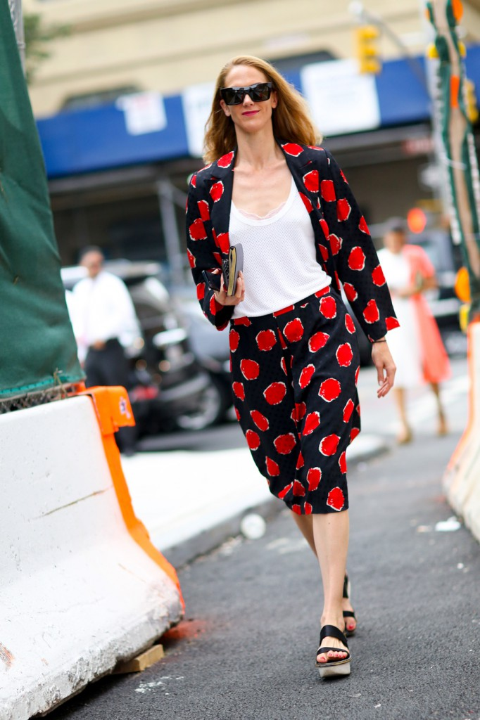 new-york-street-style-nyfw-day-5-sept-2014-the-impression-071