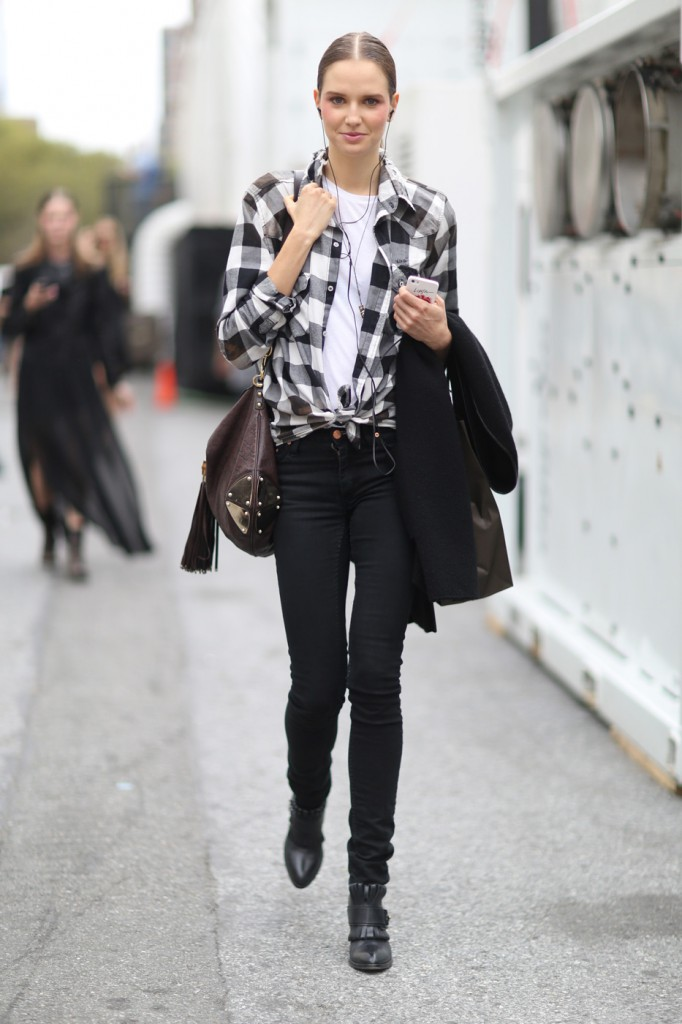 new-york-street-style-nyfw-day-6-sept-2014-the-impression-041