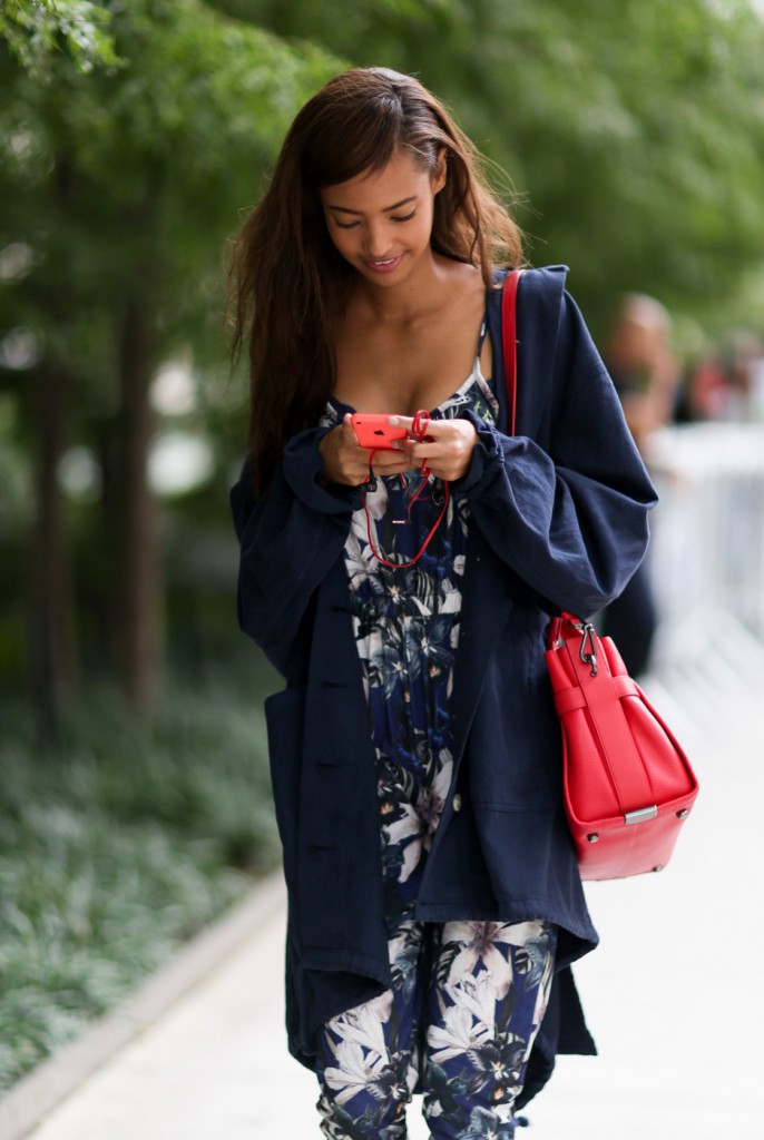 new-york-street-style-nyfw-day-6-sept-2014-the-impression-058