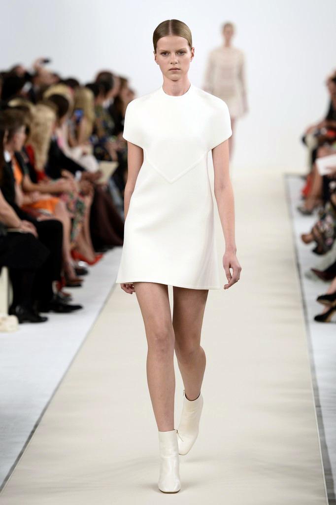 valentino-haute-couture-2015-the-impression-03