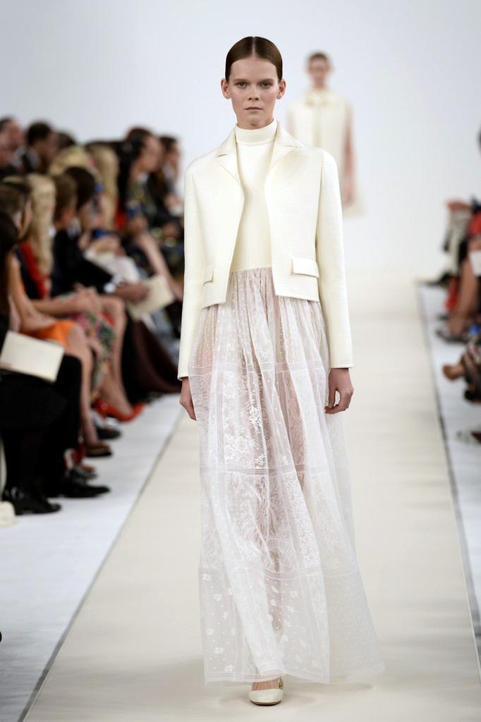 valentino-haute-couture-2015-the-impression-37