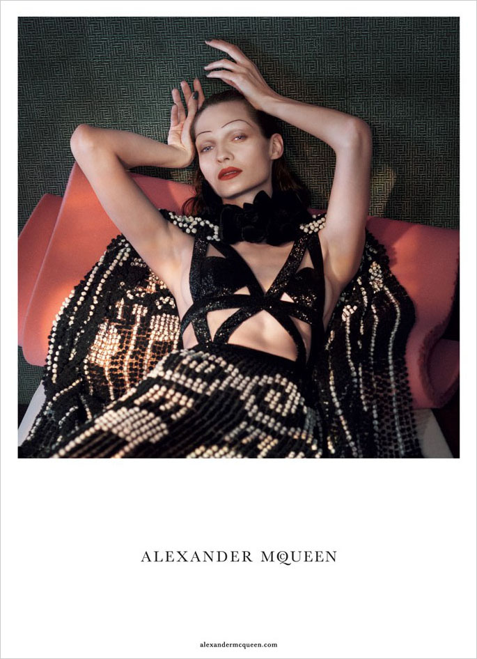 alexander-mcqueen-spring-2015-ad-campaign-the-impression-06