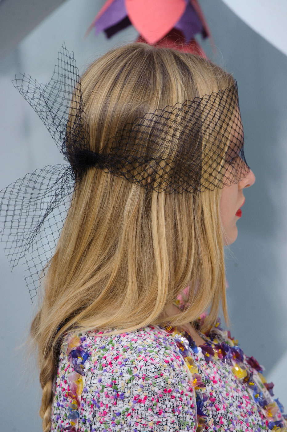 Chanel-fashion-runway-show-close-ups-haute-couture-paris-spring-summer-2015-the-impression-030