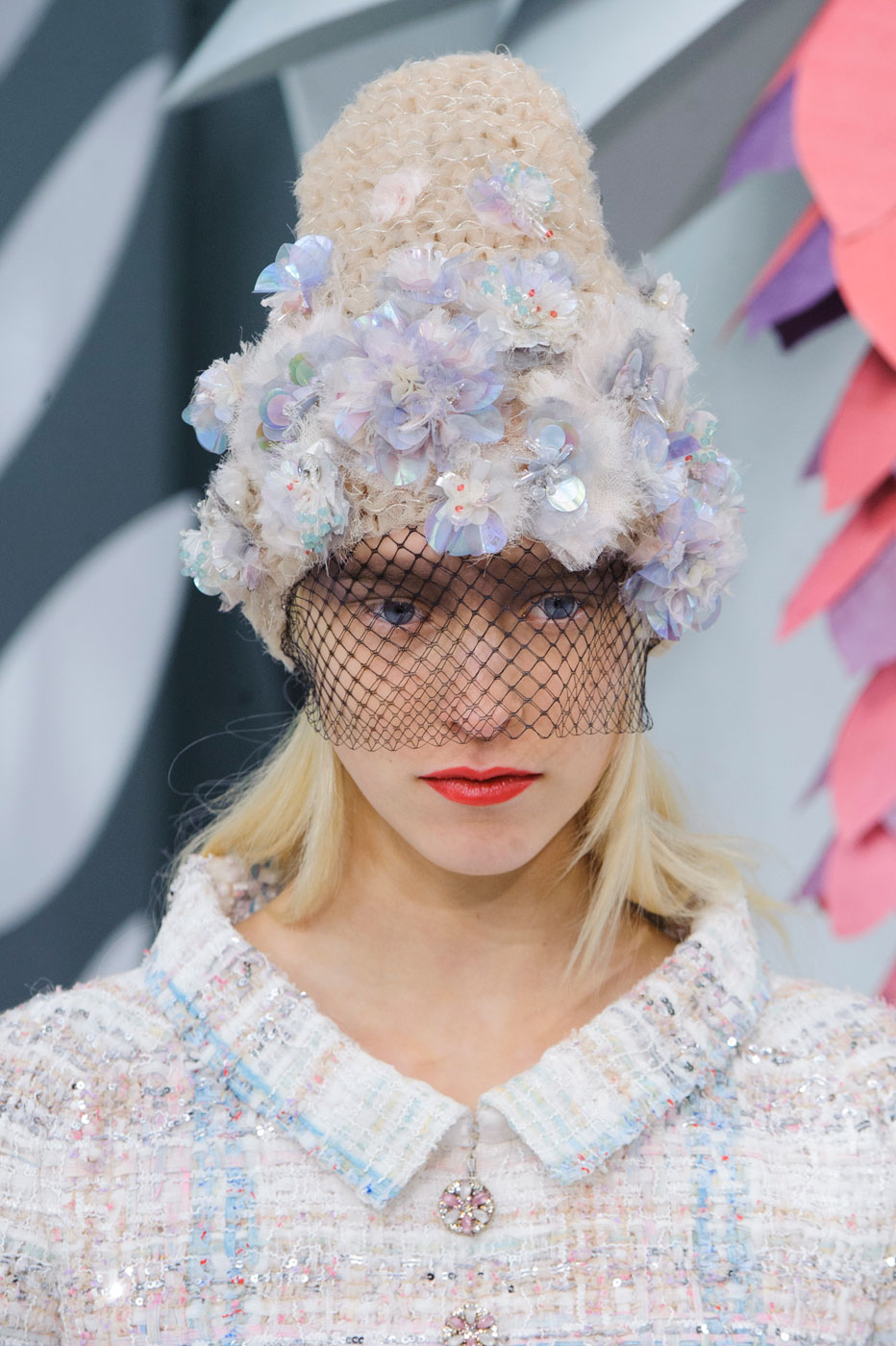 Chanel-fashion-runway-show-close-ups-haute-couture-paris-spring-summer-2015-the-impression-048