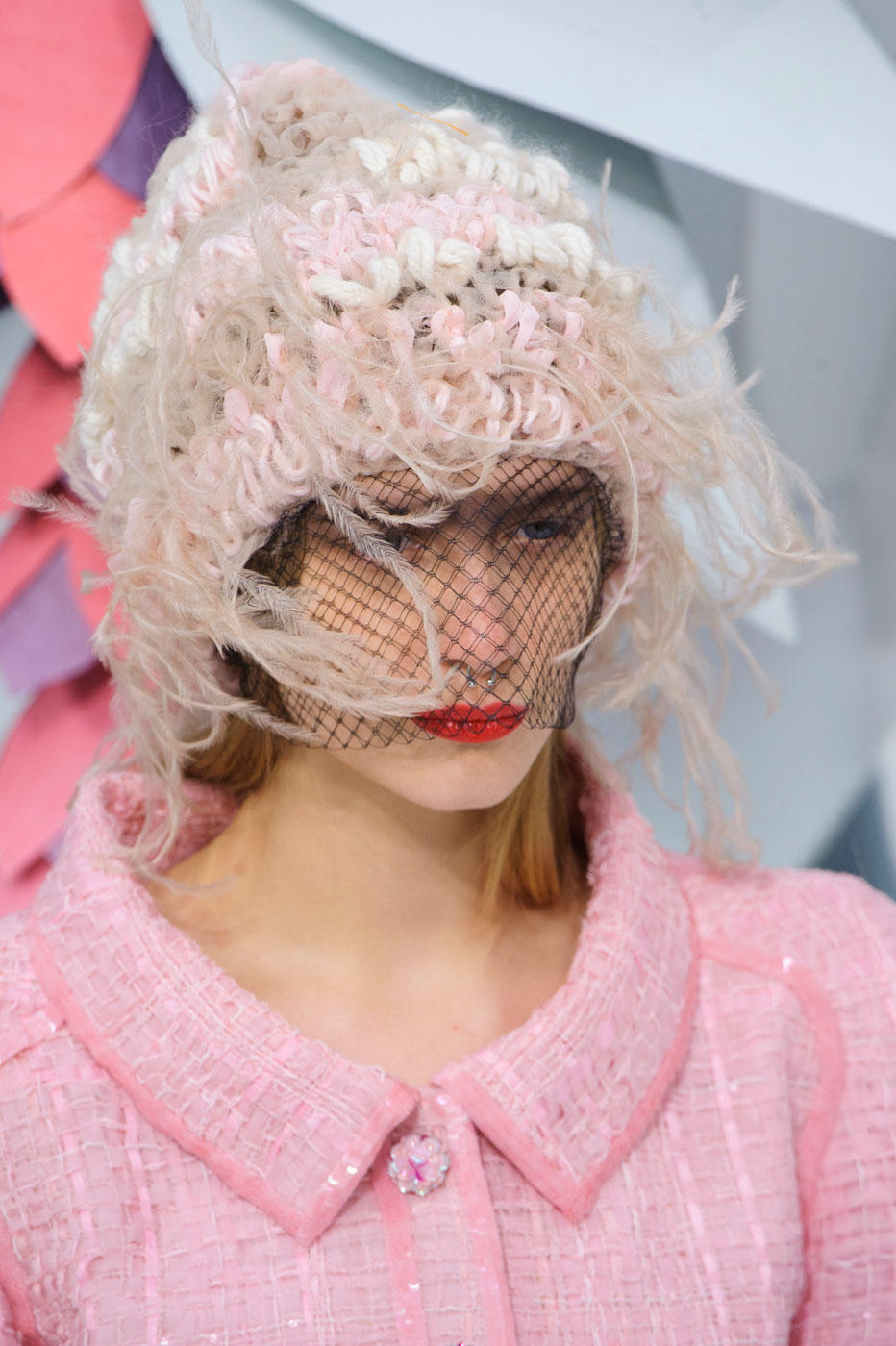 Chanel-fashion-runway-show-close-ups-haute-couture-paris-spring-summer-2015-the-impression-061