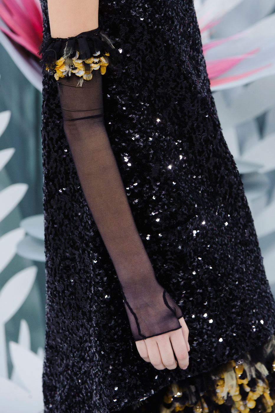 Chanel-fashion-runway-show-close-ups-haute-couture-paris-spring-summer-2015-the-impression-106