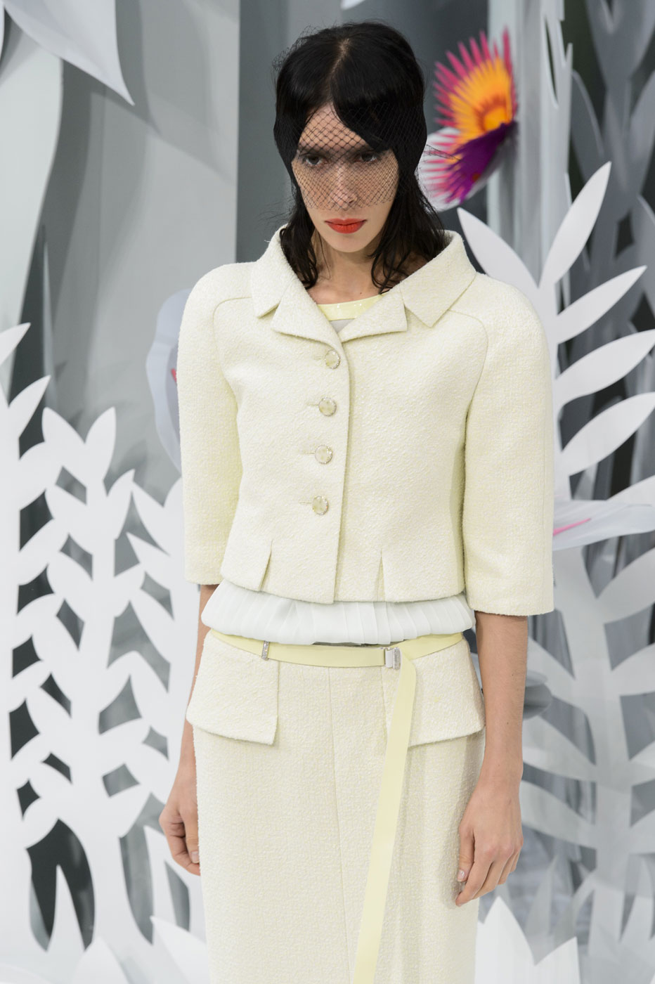 Chanel-fashion-runway-show-haute-couture-paris-spring-summer-2015-the-impression-045