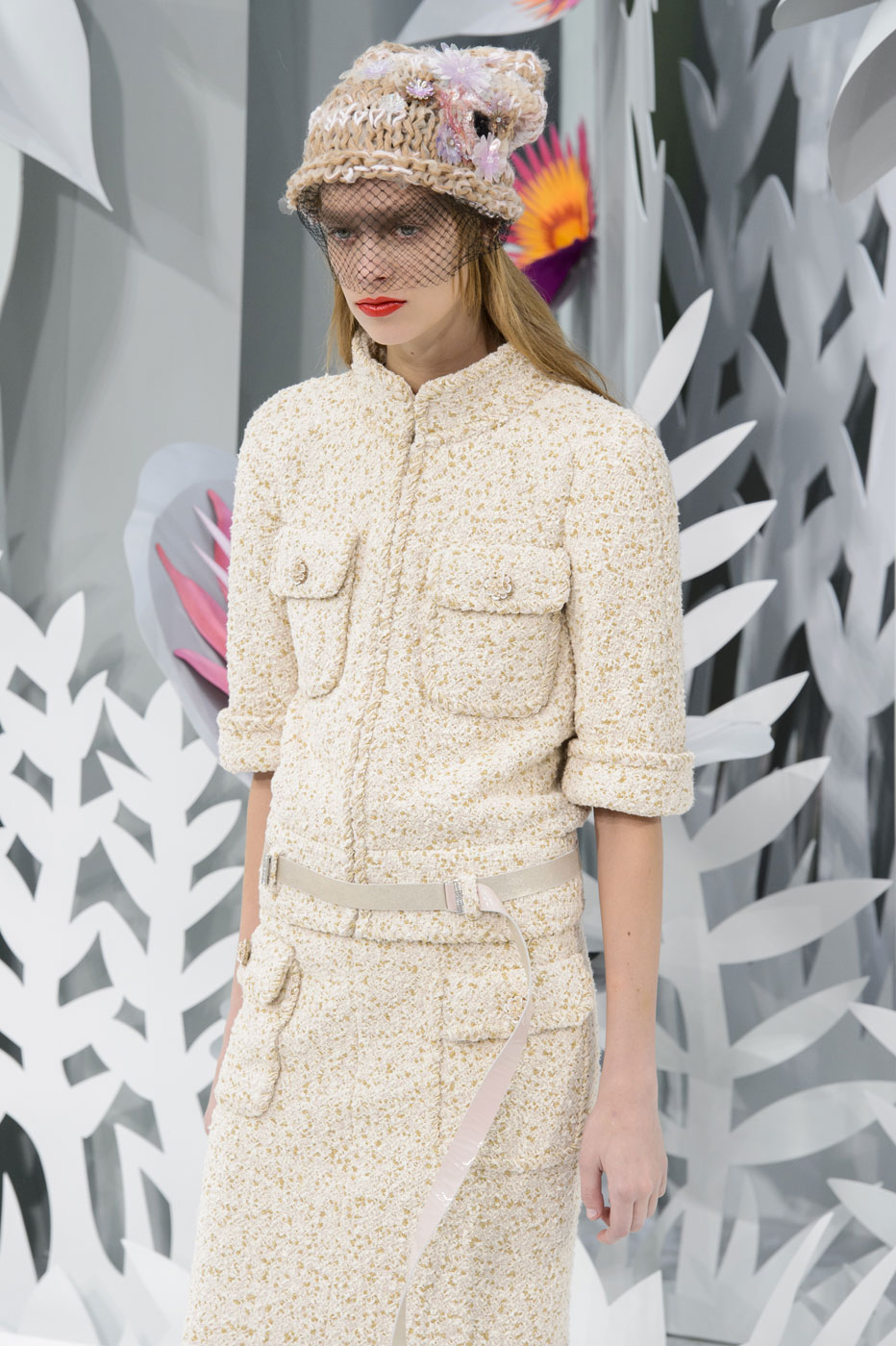 Chanel-fashion-runway-show-haute-couture-paris-spring-summer-2015-the-impression-047