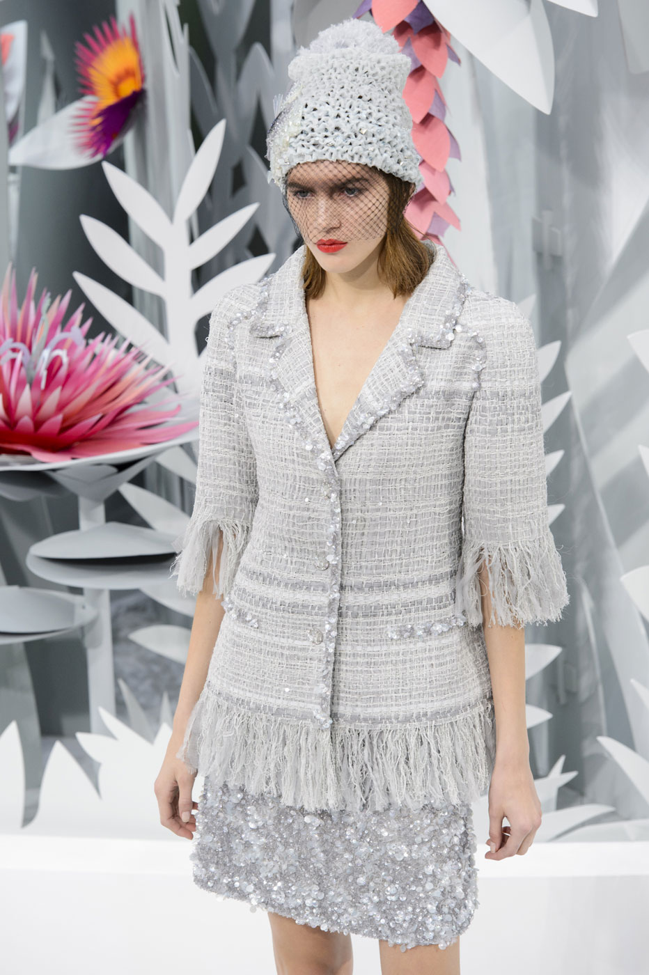 Chanel-fashion-runway-show-haute-couture-paris-spring-summer-2015-the-impression-061