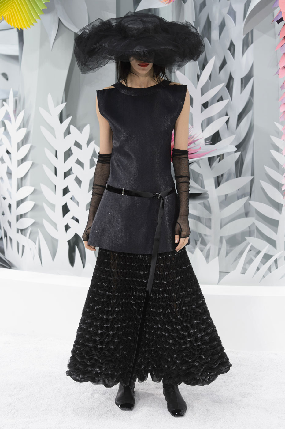 Chanel-fashion-runway-show-haute-couture-paris-spring-summer-2015-the-impression-113