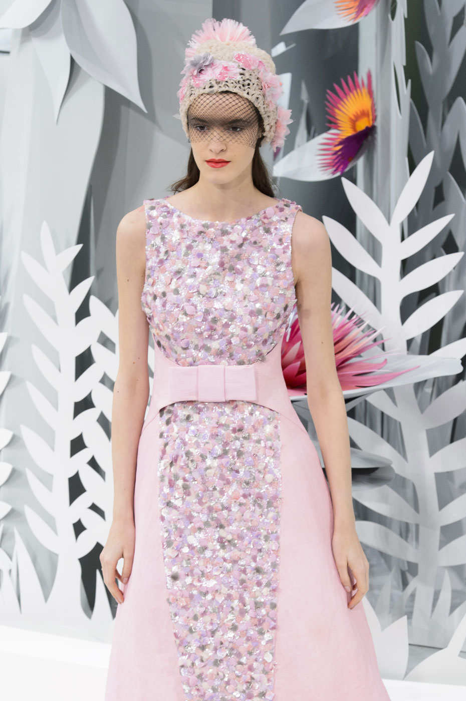 Chanel-fashion-runway-show-haute-couture-paris-spring-summer-2015-the-impression-132