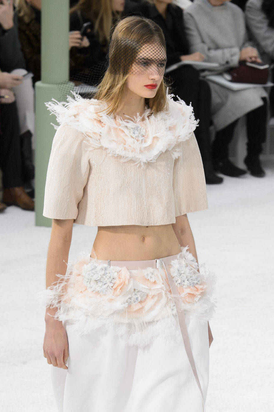 Chanel-fashion-runway-show-haute-couture-paris-spring-summer-2015-the-impression-142