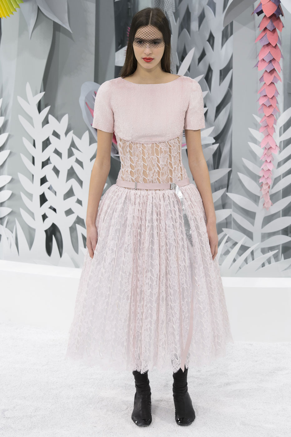 Chanel-fashion-runway-show-haute-couture-paris-spring-summer-2015-the-impression-143