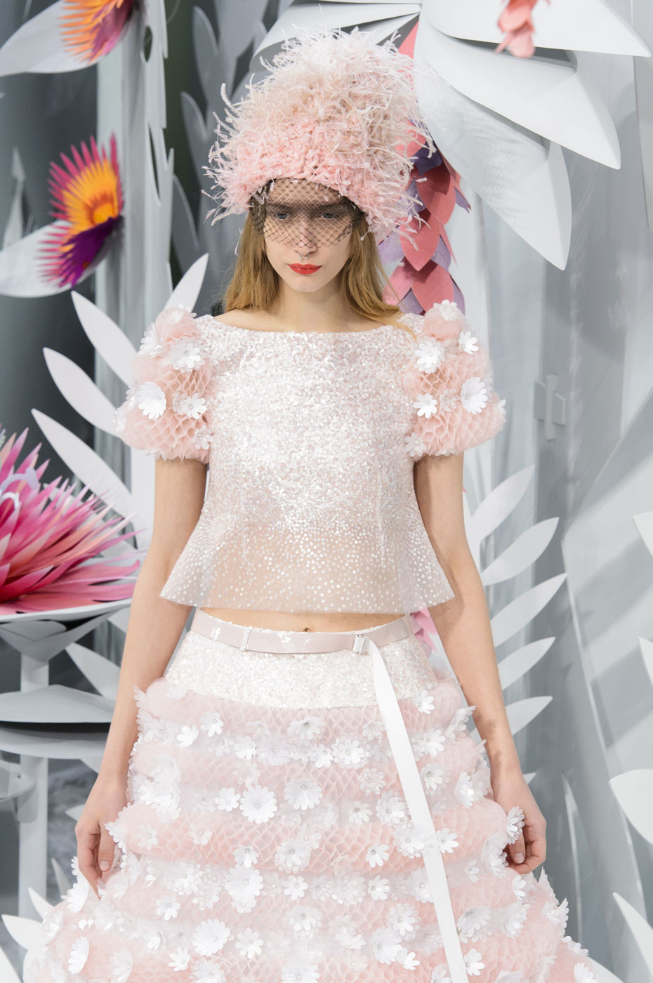Chanel-fashion-runway-show-haute-couture-paris-spring-summer-2015-the-impression-152
