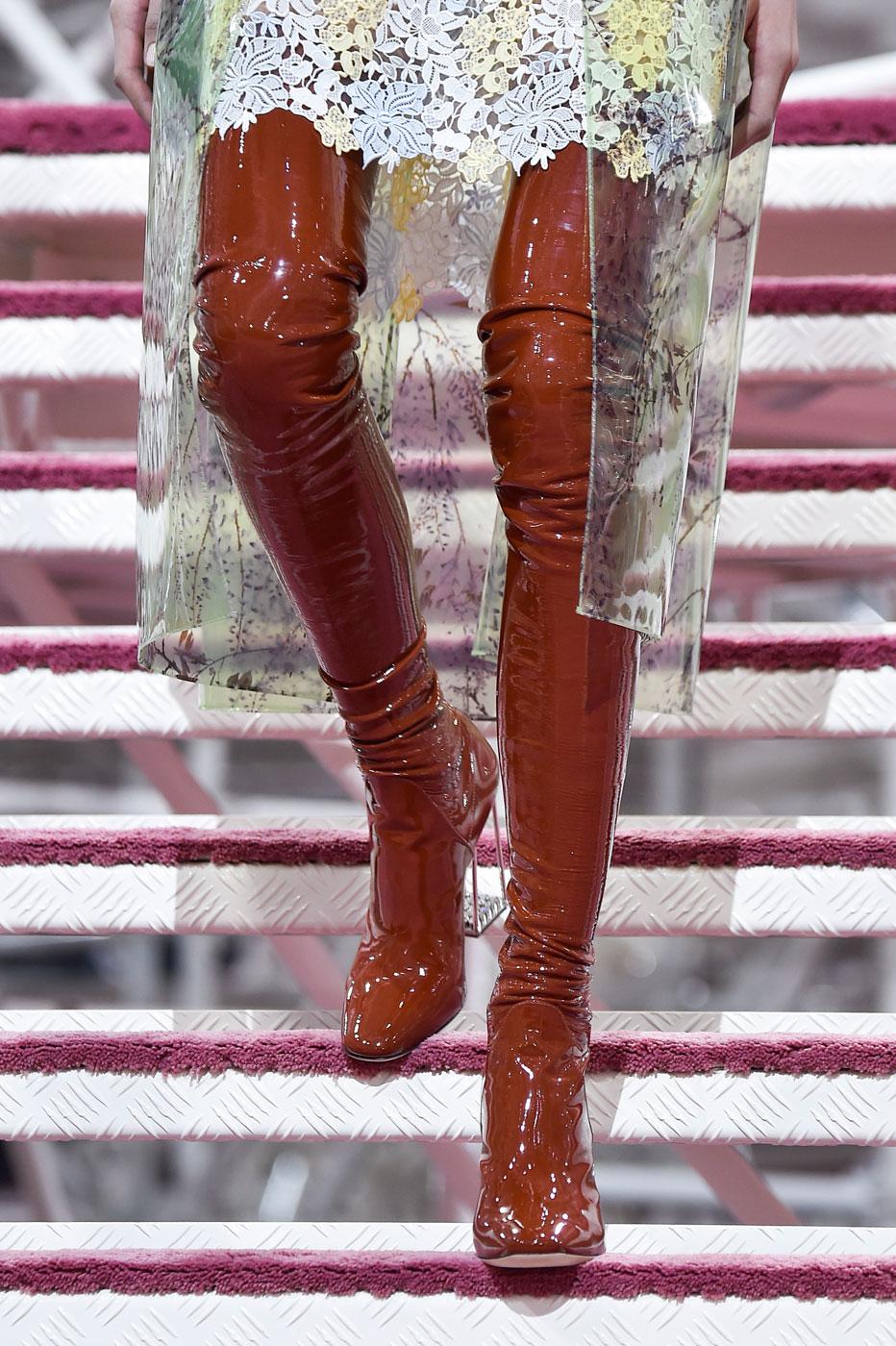 Christian-Dior-fashion-runway-show-close-ups-haute-couture-paris-spring-summer-2015-the-impression-002