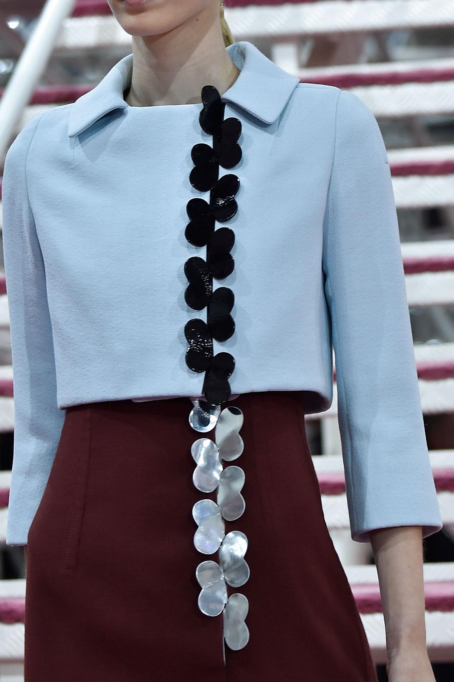 Christian-Dior-fashion-runway-show-close-ups-haute-couture-paris-spring-summer-2015-the-impression-018