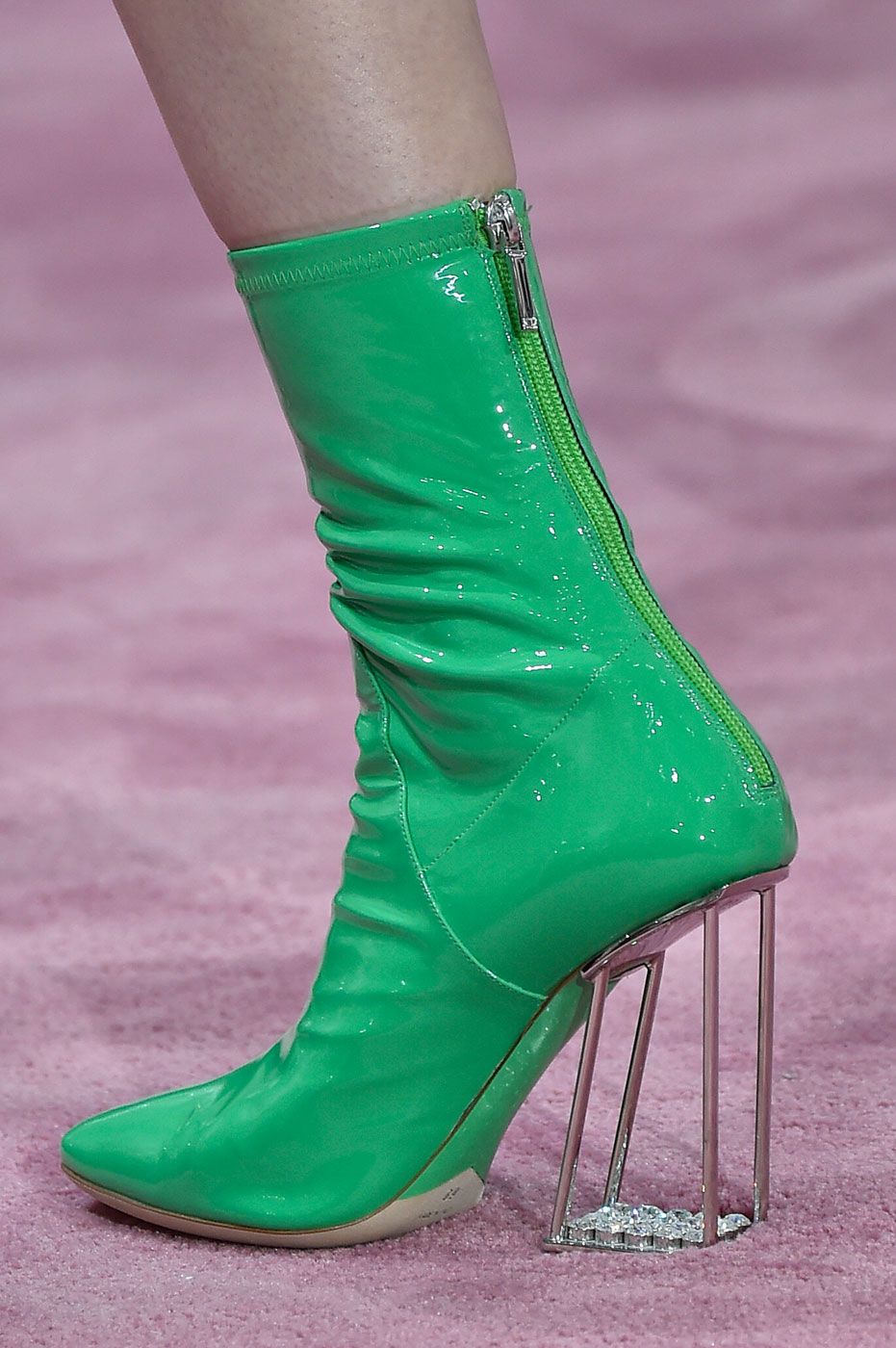 Christian-Dior-fashion-runway-show-close-ups-haute-couture-paris-spring-summer-2015-the-impression-029