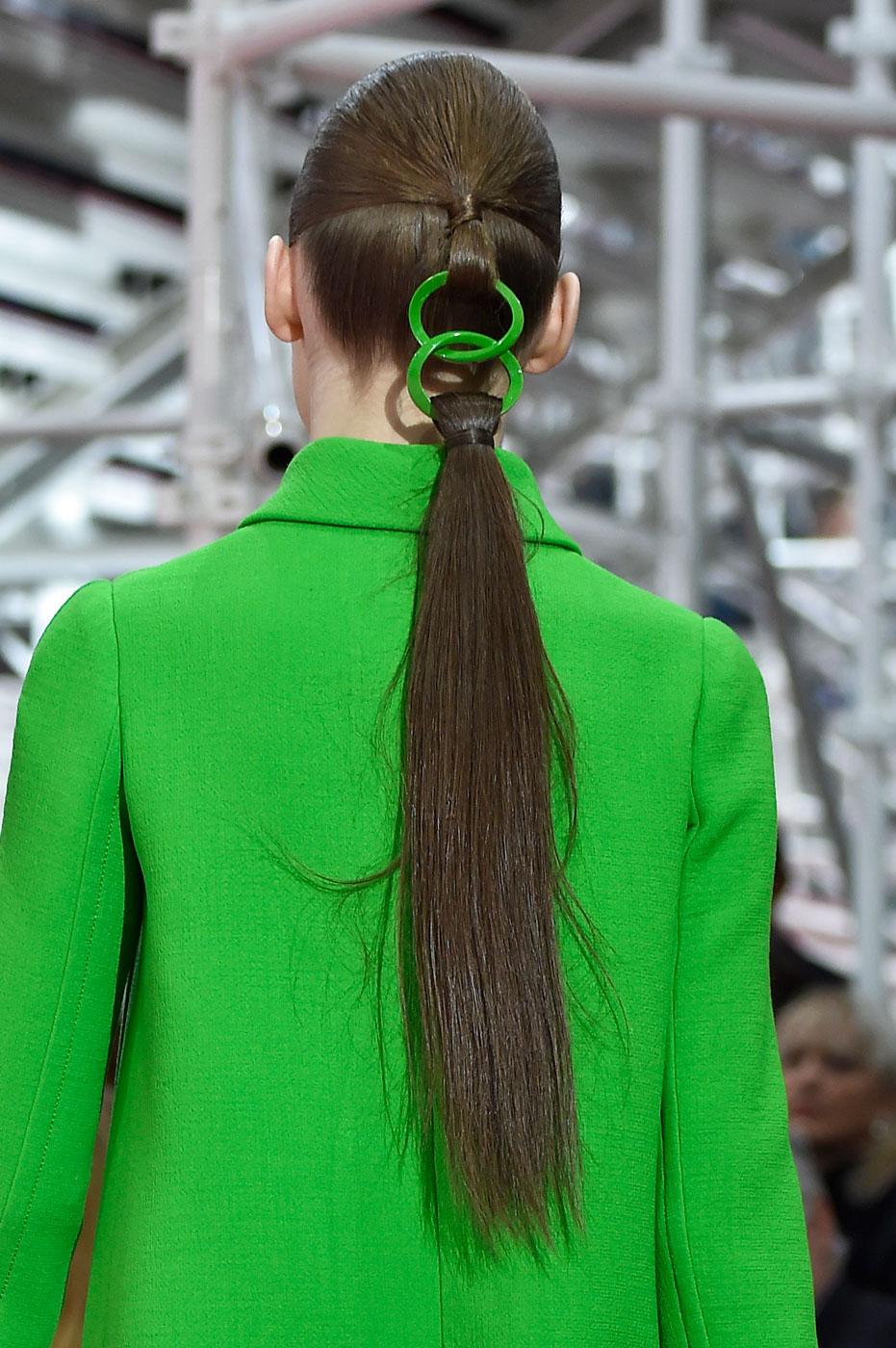 Christian-Dior-fashion-runway-show-close-ups-haute-couture-paris-spring-summer-2015-the-impression-039