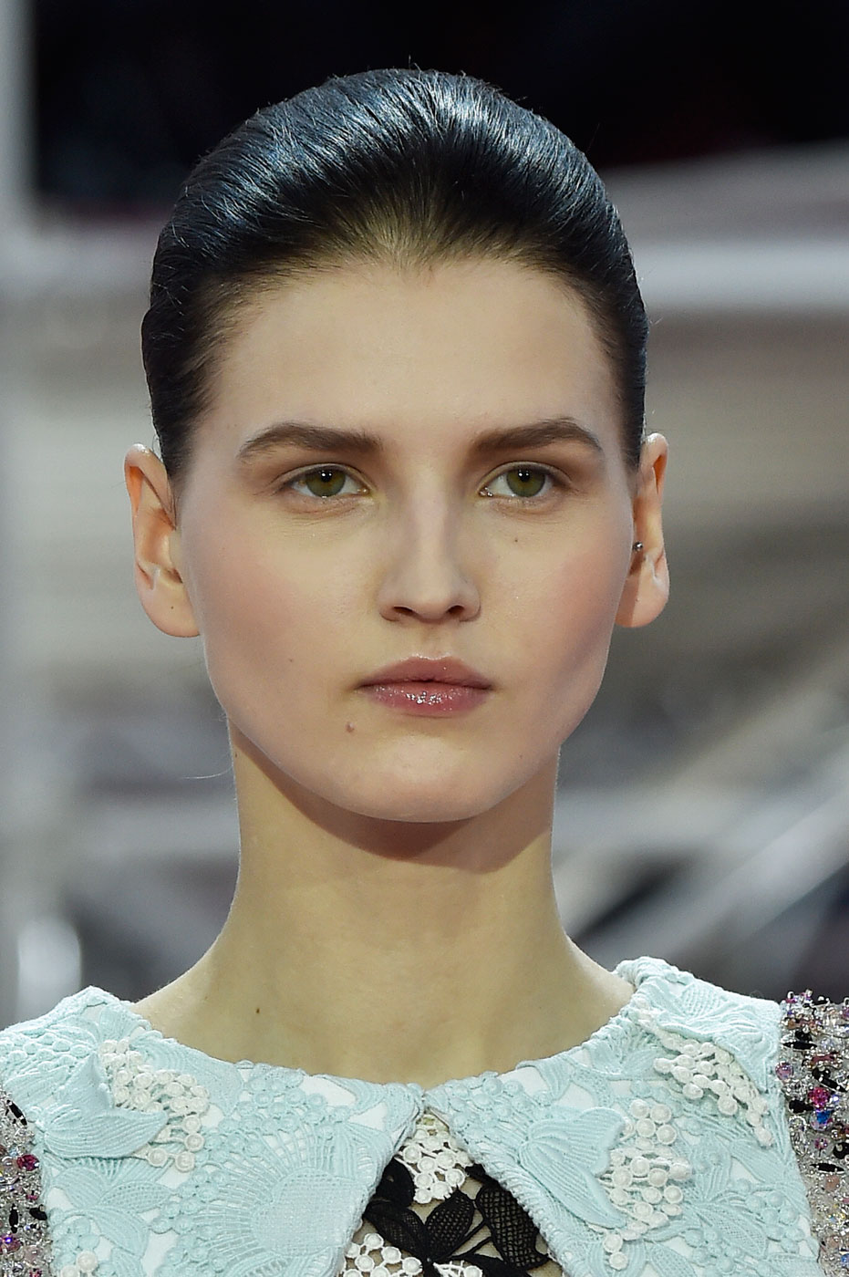 Christian-Dior-fashion-runway-show-close-ups-haute-couture-paris-spring-summer-2015-the-impression-042