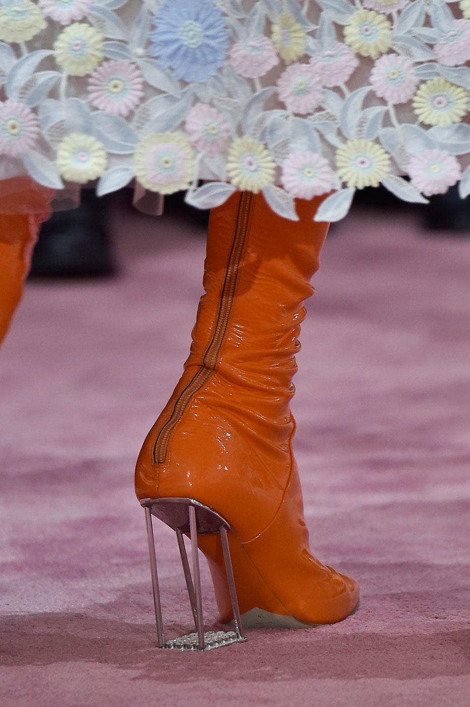 Christian-Dior-fashion-runway-show-close-ups-haute-couture-paris-spring-summer-2015-the-impression-052