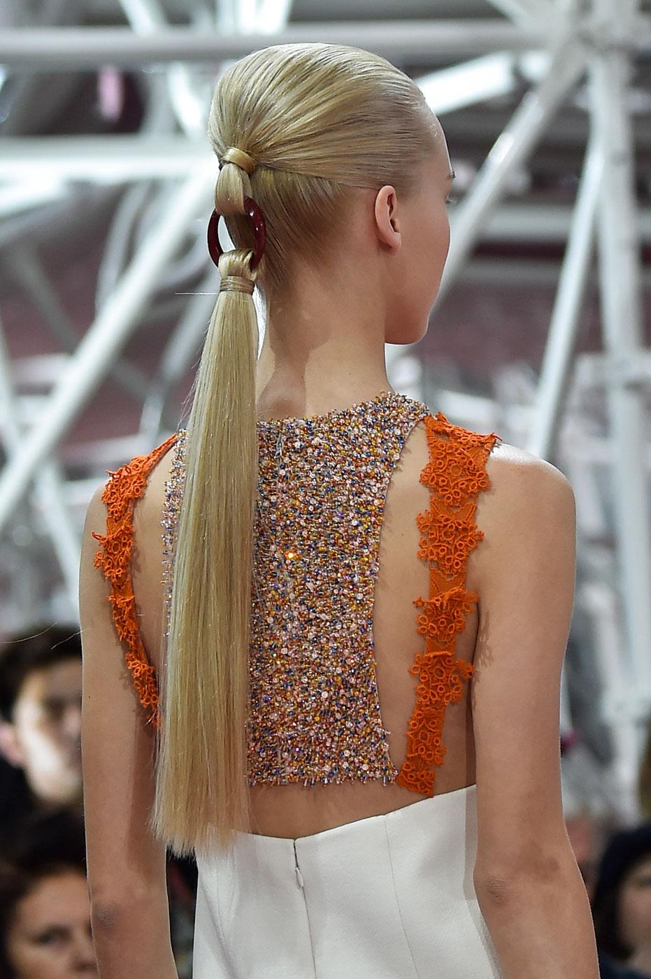 Christian-Dior-fashion-runway-show-close-ups-haute-couture-paris-spring-summer-2015-the-impression-061