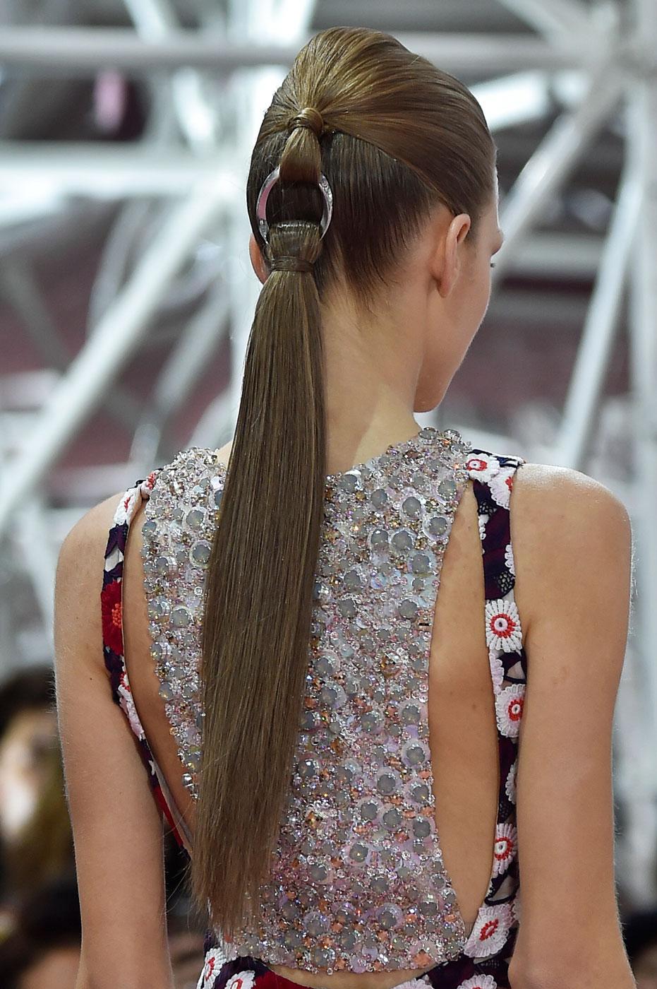 Christian-Dior-fashion-runway-show-close-ups-haute-couture-paris-spring-summer-2015-the-impression-066