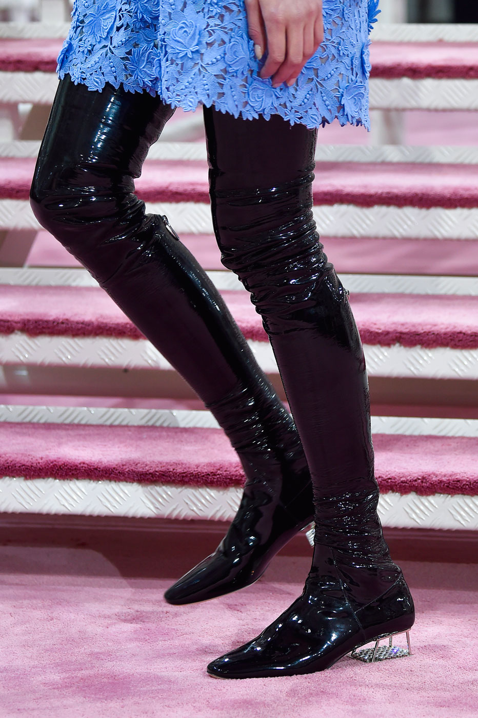 Christian-Dior-fashion-runway-show-close-ups-haute-couture-paris-spring-summer-2015-the-impression-068