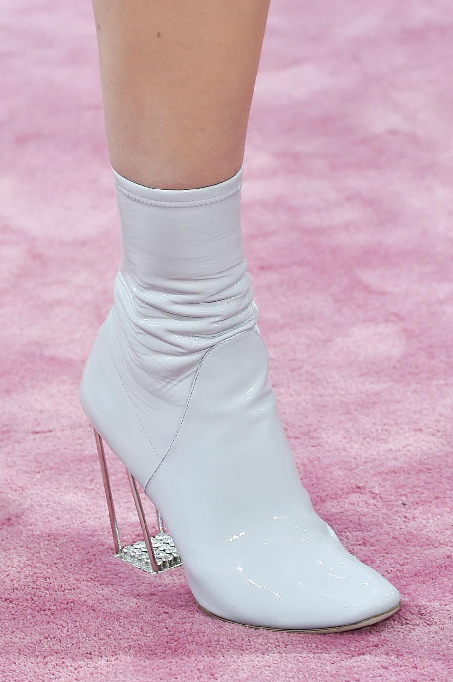 Christian-Dior-fashion-runway-show-close-ups-haute-couture-paris-spring-summer-2015-the-impression-082