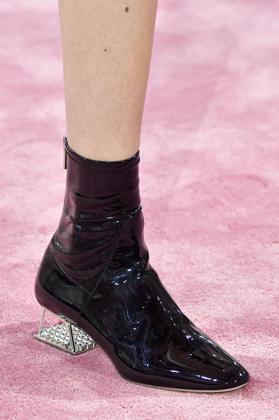 Christian-Dior-fashion-runway-show-close-ups-haute-couture-paris-spring-summer-2015-the-impression-083