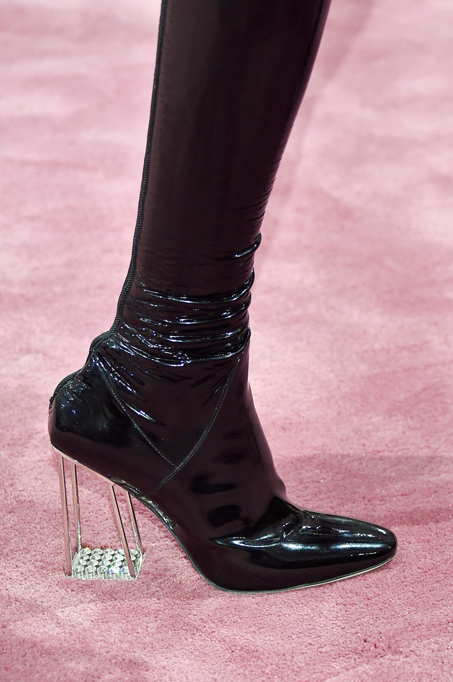 Christian-Dior-fashion-runway-show-close-ups-haute-couture-paris-spring-summer-2015-the-impression-095