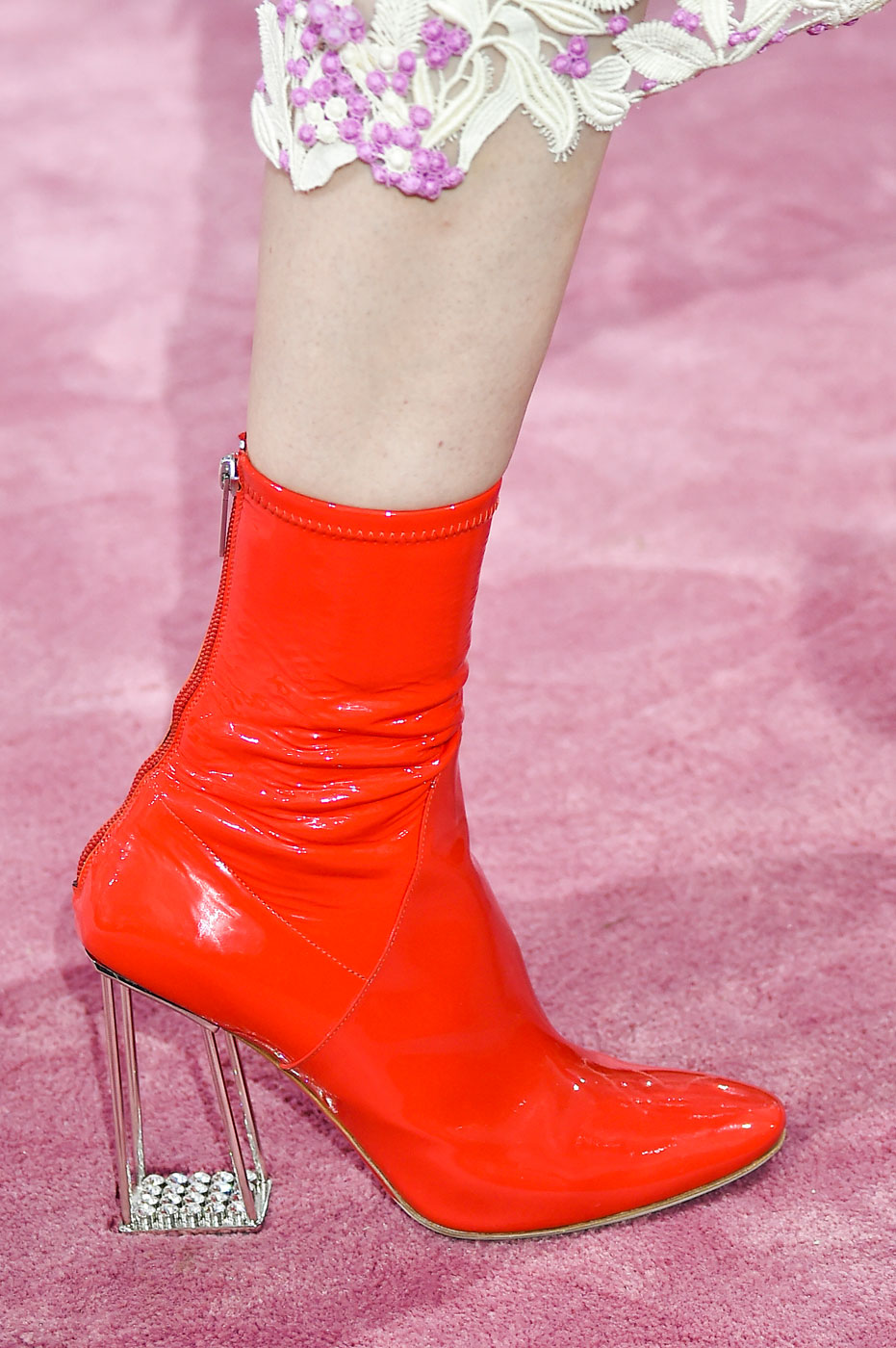 Christian-Dior-fashion-runway-show-close-ups-haute-couture-paris-spring-summer-2015-the-impression-112