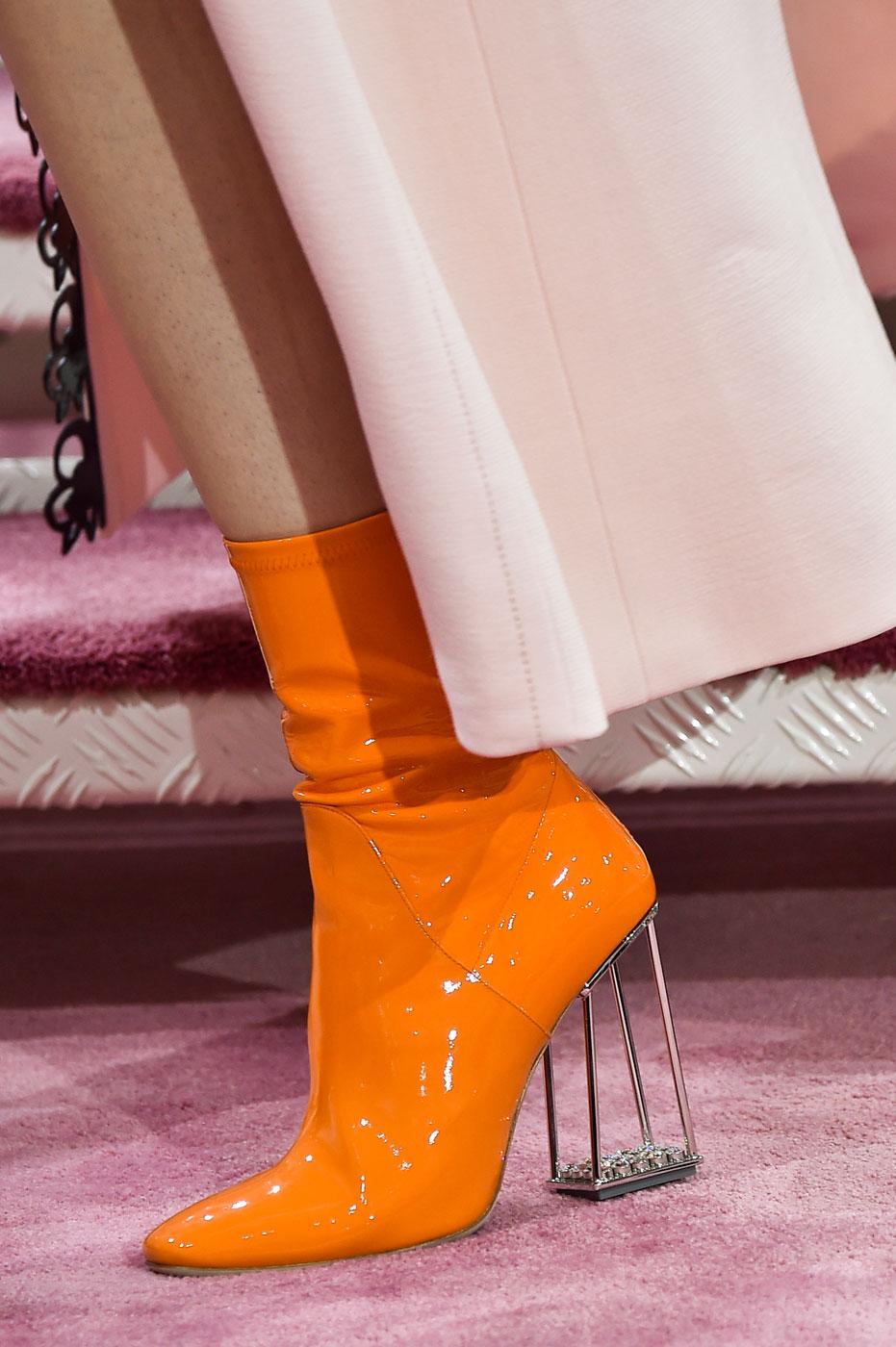 Christian-Dior-fashion-runway-show-close-ups-haute-couture-paris-spring-summer-2015-the-impression-113