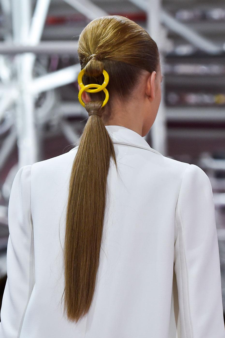 Christian-Dior-fashion-runway-show-close-ups-haute-couture-paris-spring-summer-2015-the-impression-118