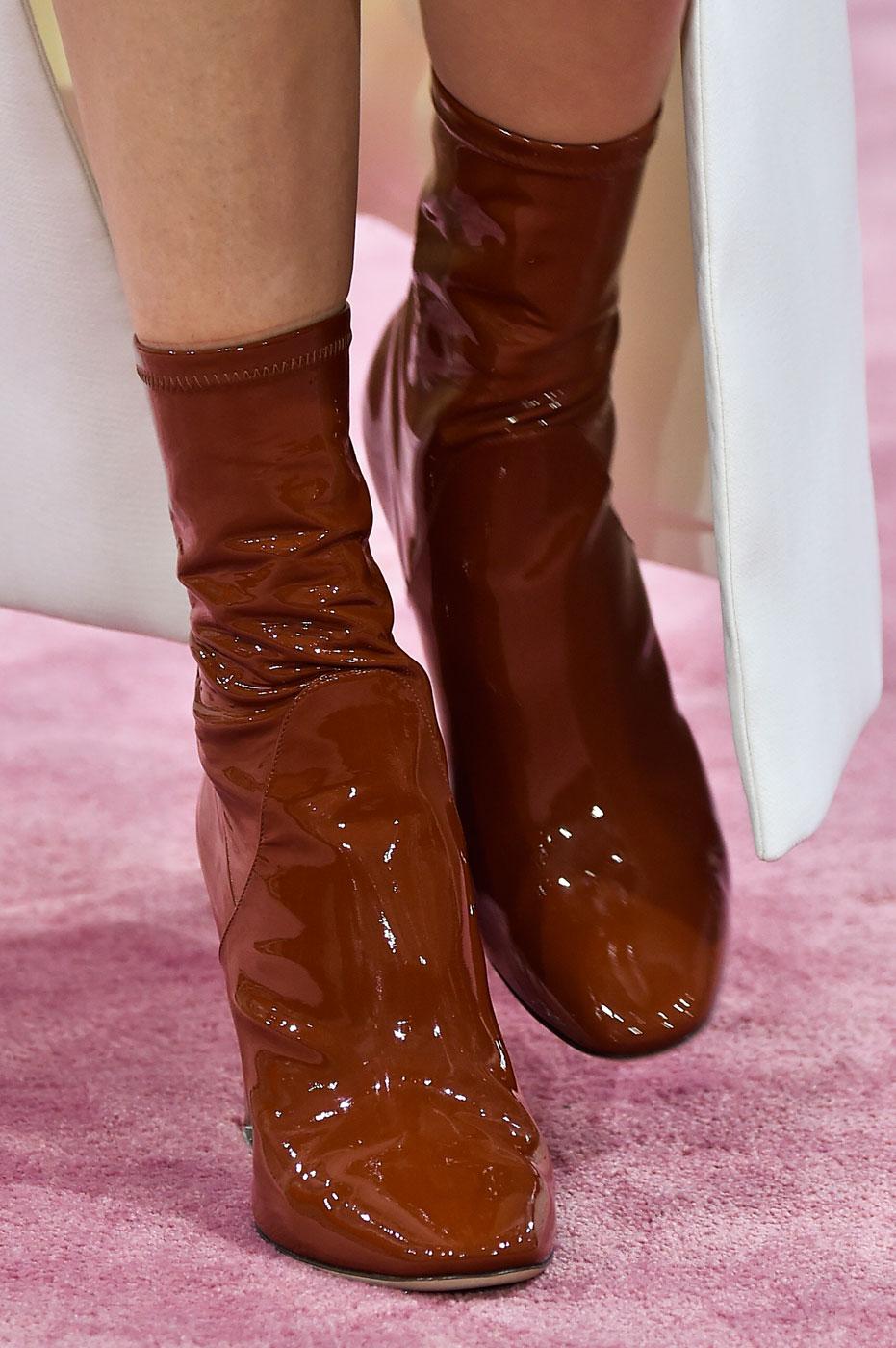 Christian-Dior-fashion-runway-show-close-ups-haute-couture-paris-spring-summer-2015-the-impression-122