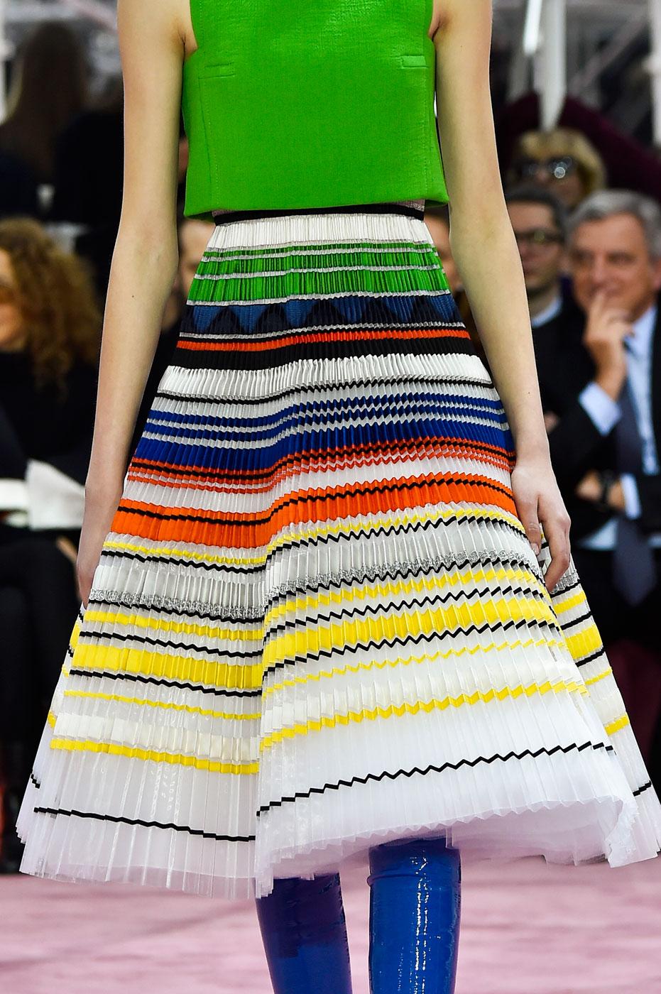 Christian-Dior-fashion-runway-show-close-ups-haute-couture-paris-spring-summer-2015-the-impression-128