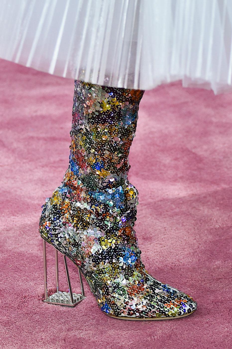 Christian-Dior-fashion-runway-show-close-ups-haute-couture-paris-spring-summer-2015-the-impression-132