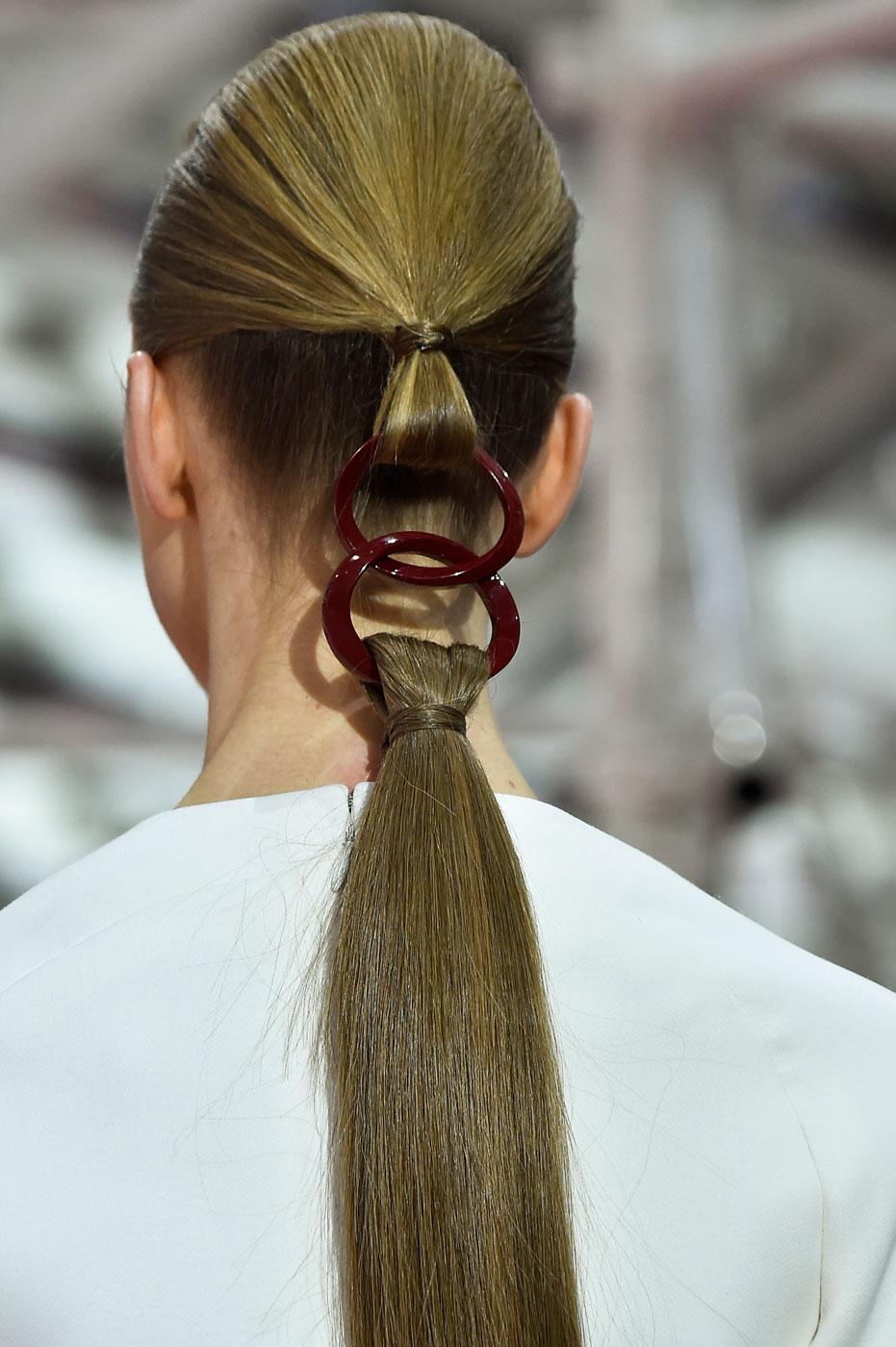 Christian-Dior-fashion-runway-show-close-ups-haute-couture-paris-spring-summer-2015-the-impression-137