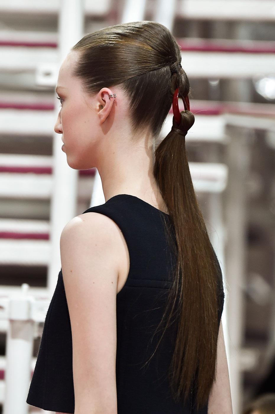 Christian-Dior-fashion-runway-show-close-ups-haute-couture-paris-spring-summer-2015-the-impression-151