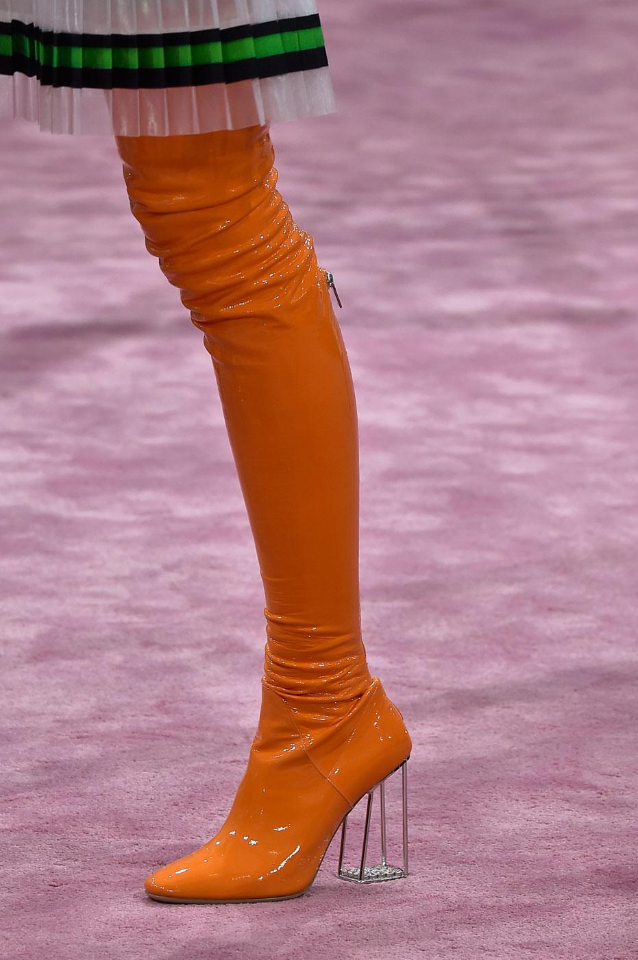 Christian-Dior-fashion-runway-show-close-ups-haute-couture-paris-spring-summer-2015-the-impression-153