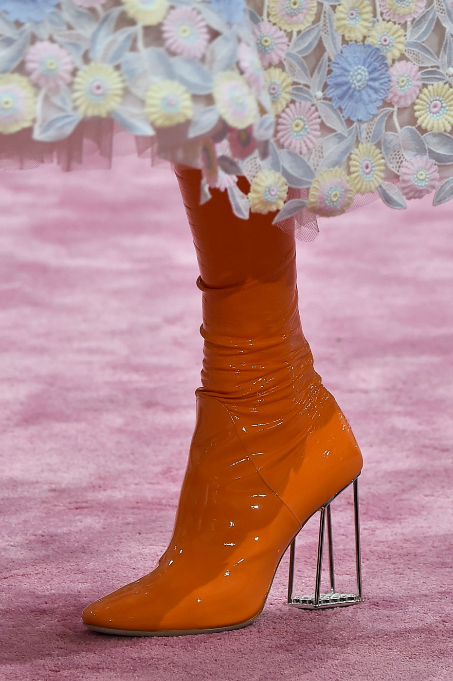 Christian-Dior-fashion-runway-show-close-ups-haute-couture-paris-spring-summer-2015-the-impression-162