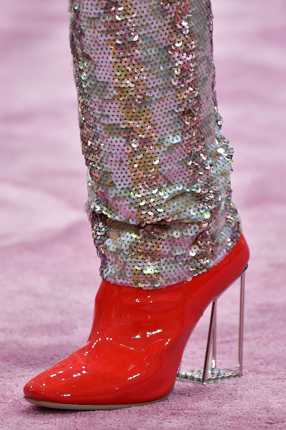 Christian-Dior-fashion-runway-show-close-ups-haute-couture-paris-spring-summer-2015-the-impression-171