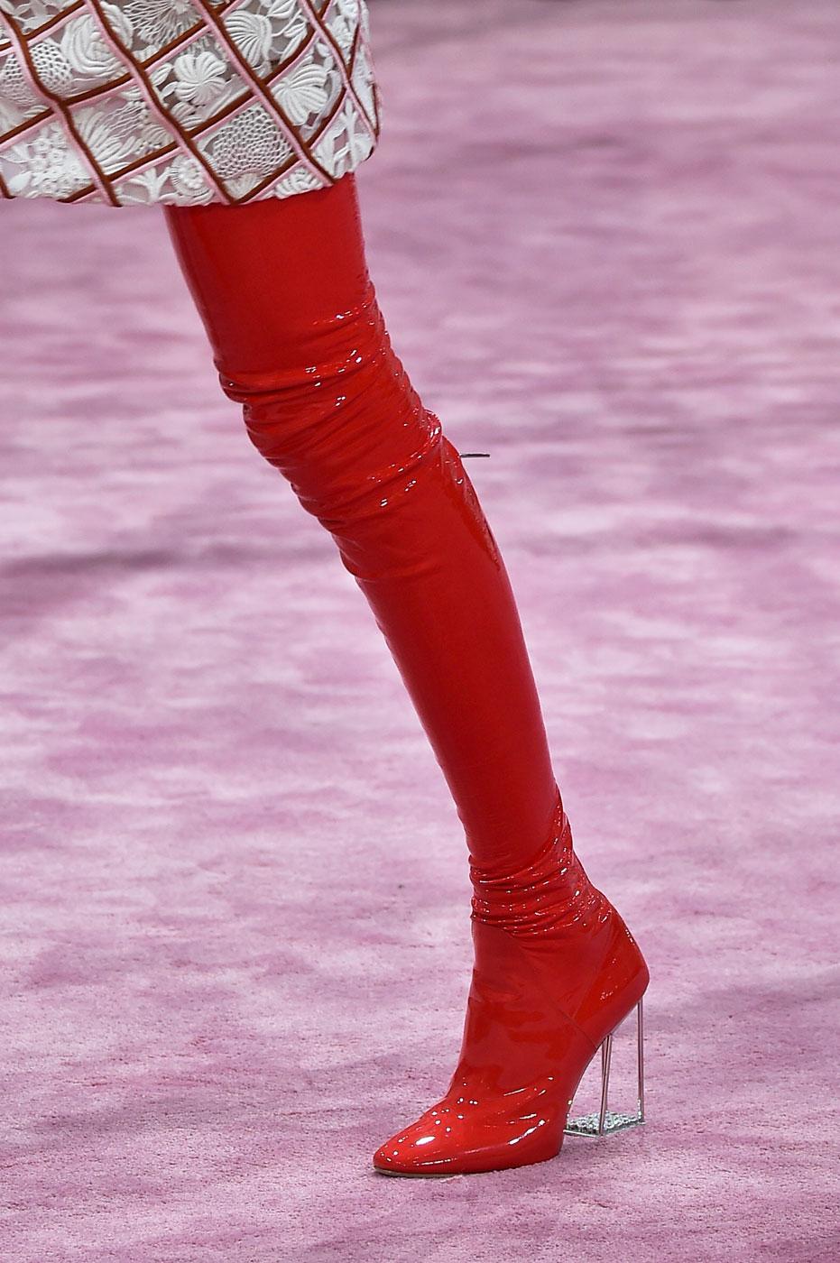 Christian-Dior-fashion-runway-show-close-ups-haute-couture-paris-spring-summer-2015-the-impression-172