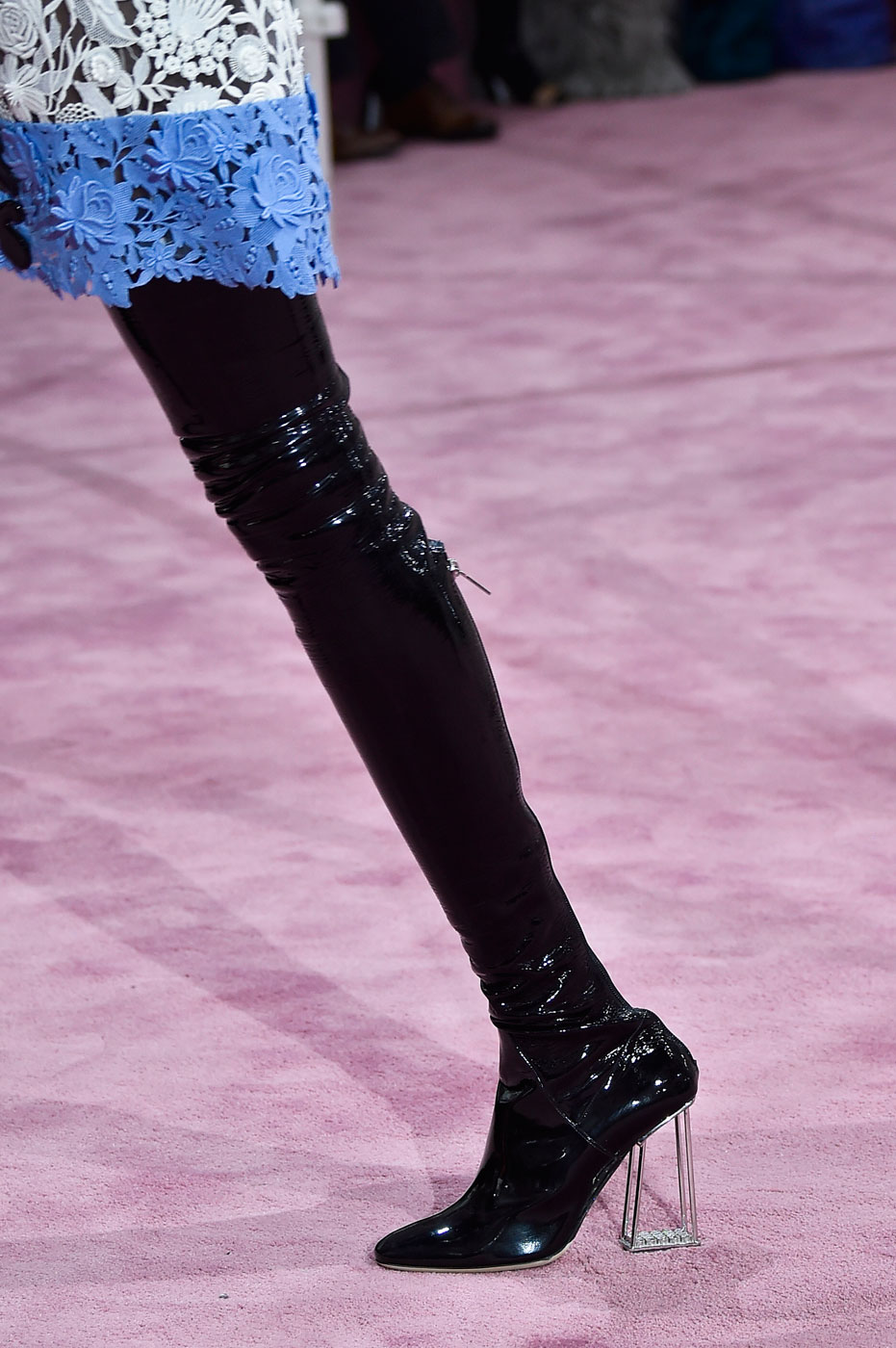 Christian-Dior-fashion-runway-show-close-ups-haute-couture-paris-spring-summer-2015-the-impression-174
