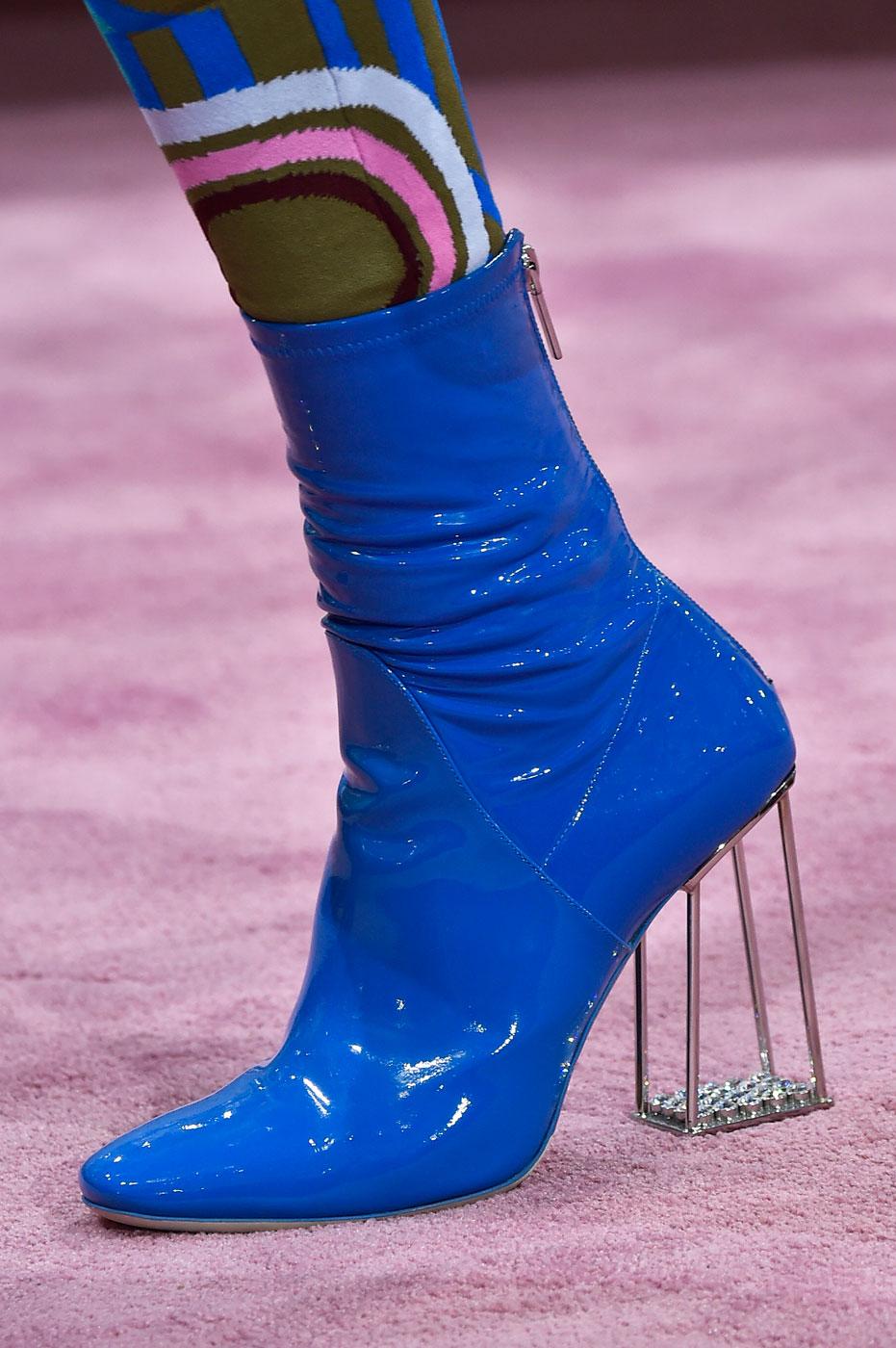 Christian-Dior-fashion-runway-show-close-ups-haute-couture-paris-spring-summer-2015-the-impression-176