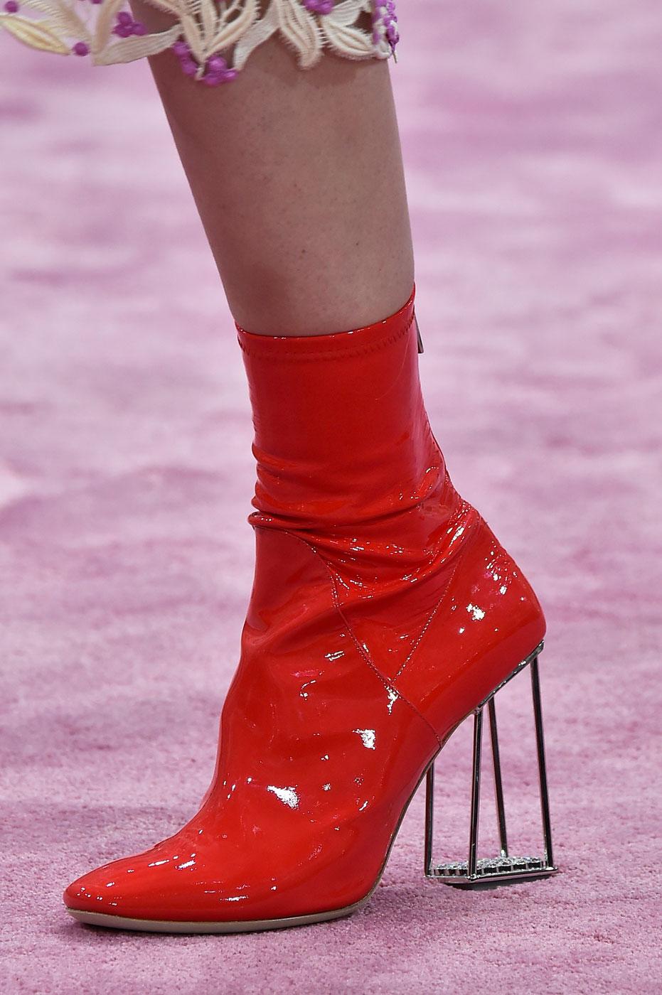 Christian-Dior-fashion-runway-show-close-ups-haute-couture-paris-spring-summer-2015-the-impression-177