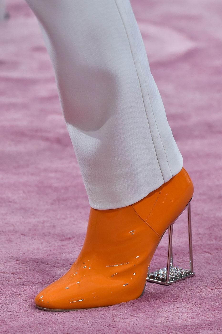 Christian-Dior-fashion-runway-show-close-ups-haute-couture-paris-spring-summer-2015-the-impression-181